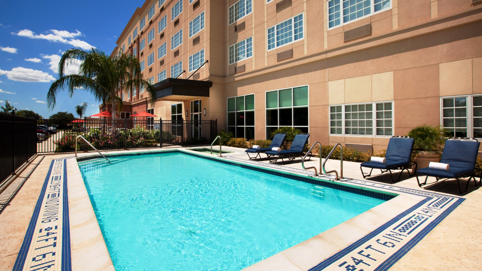 Sheraton Houston West Hotel - Outdoor Pool